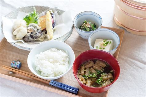 from dashi to miso soup cookbook 30 delicious miso soup recipes that are simple to make books japanese dashi lesson coming soon dashi kitchen manmaru