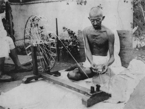 gandhi biography simple mahatma gandhi lessons on how to wisely win without