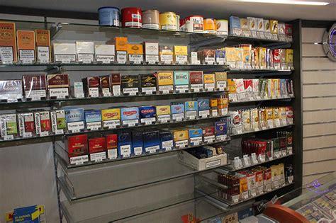arredamenti tabaccheria arredamento tabaccheria arredo negozio sigarette