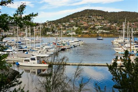 Tas Ransel F S T P River Black 1263 best images about tasmania on