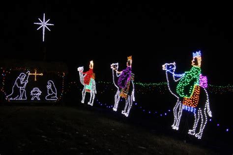 jesus outside christmas lights lights jezus trzech kr 243 li darmowe zdjęcie domain pictures