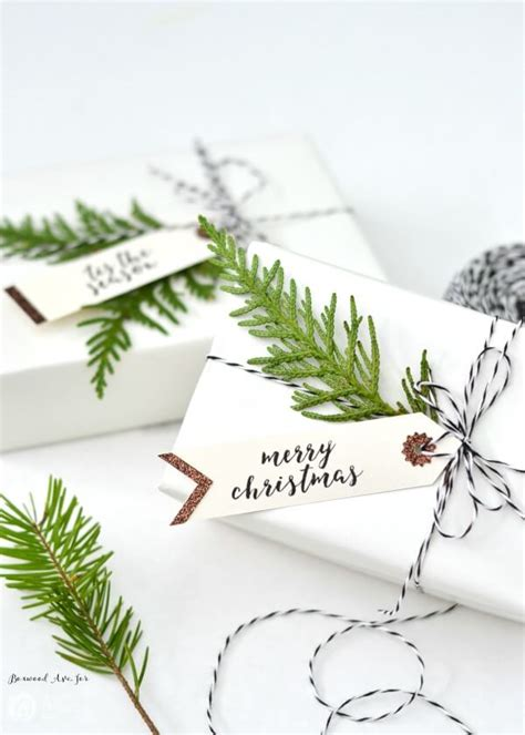 5 winter gift wrap ideas free printable gift tags hey 5 winter gift wrap ideas free printable gift tags hey