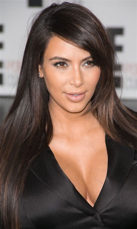 pictures best haircuts for long faces kim kardashian long face short layered hairstyles instyle co uk