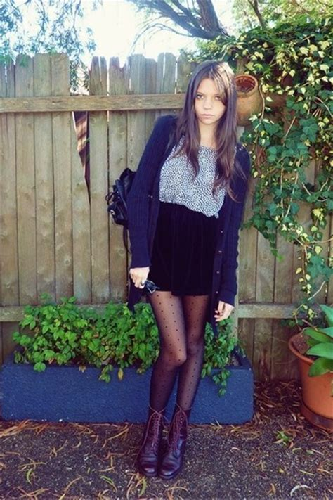 brown boots black tights black skirts blue blouses