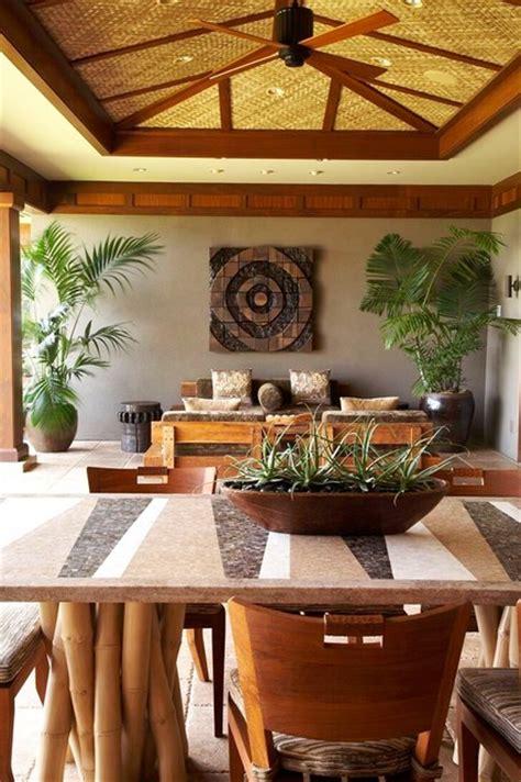 lot  tropical dining room hawaii  gm