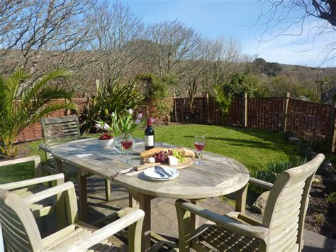 Cottages To Stay In Cornwall by Self Catering In Cornwall Stylish Cornish Cottages