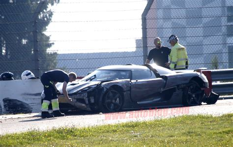 koenigsegg crash koenigsegg agera r crash n rburgring test photo gallery