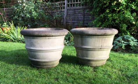 Planters Company by Pair Of Medium Garden Planters In From The Vintage Garden