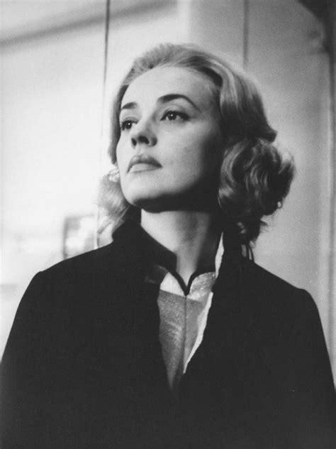 Jeanne Moreau | silver velvet sky