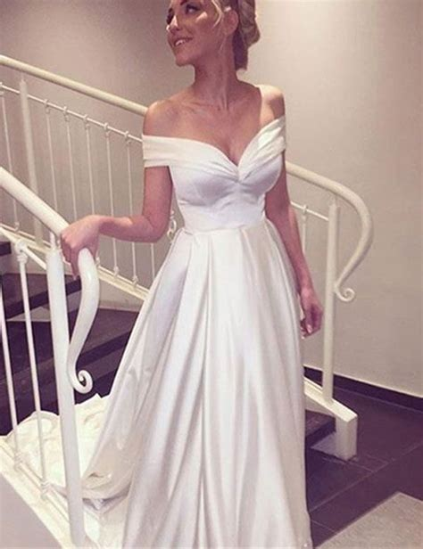 Satin Wedding Dress by 25 Best Ideas About Satin Wedding Gowns On