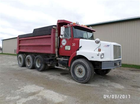 1994 volvo wg64 dump truck for sale sioux falls sd