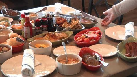 Paula Deens Family Kitchen by Paula Deen S Family Kitchen Paula Deen S Family Kitchen