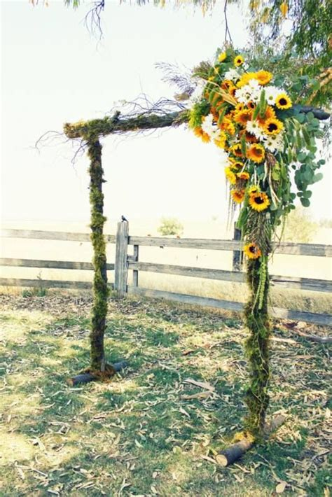 Wedding Arch With Sunflowers by 107 Best Images About Weddings Sunflowers On