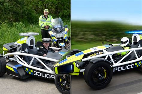 fastest police car world s fastest police car joins the avon and somerset