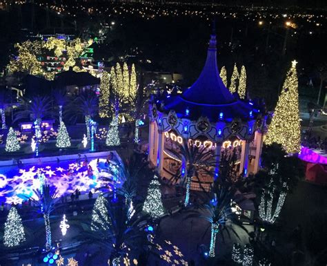 america christmas light set up pizarro california s great america shows its spirit with winterfest