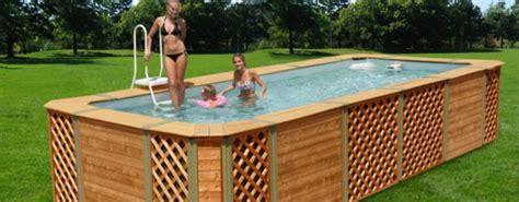piscine rivestite in legno i pro e i contro delle piscine fuori terra