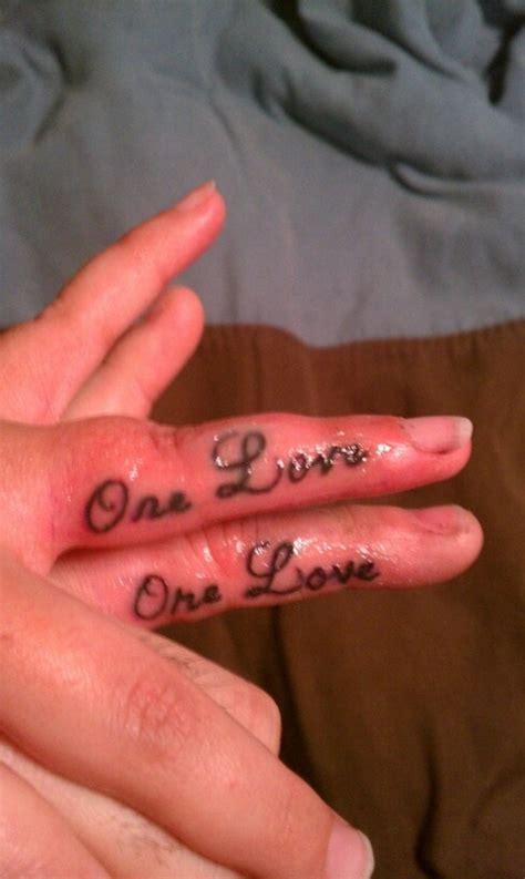 love tattoo designs on finger 42 lovely finger tattoos for couples