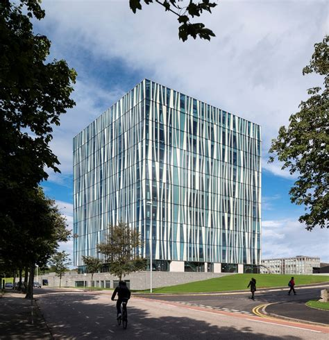 Contemporary Architecture by Aberdeen University Library Building E Architect