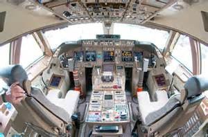 boeing 747 flight deck file boeing 747 8 flight deck beltyukov jpg