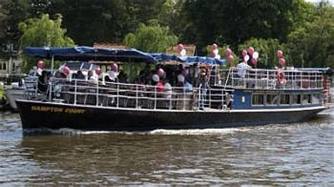 river thames boat hire marlow the river thames guide private boat trips party boats