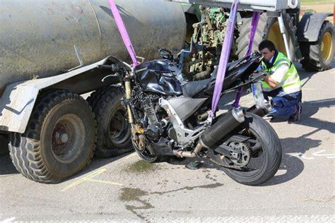 Motorrad Unfall Deutschland by Laichingen Feldstetten Zwei Br 252 Der Kommen Bei