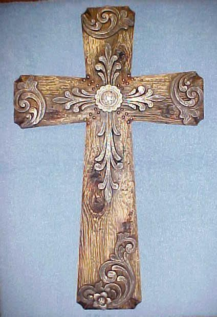 decorative crosses home decor de 25 bedste id 233 er inden for wooden crosses p 229 pinterest