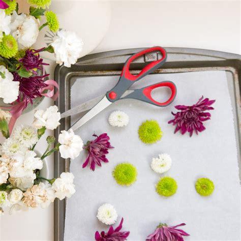 homemade flowers how to make homemade potpourri popsugar smart living