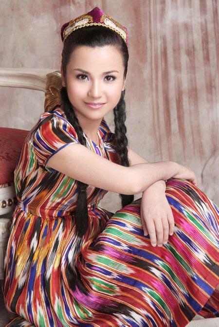 uzbek girl uzbekistan dance cultural pinterest girls and uyghur girl uzbekistan uzbekistan pinterest