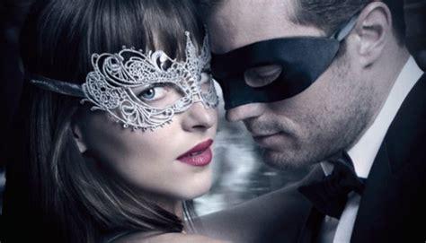 lanjutan film fifty shades darker 187 movie review fifty shades darker
