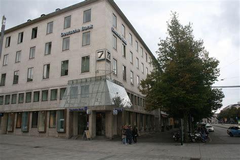 bank augsburg was hat die deutsche bank mit dem standort augsburg vor