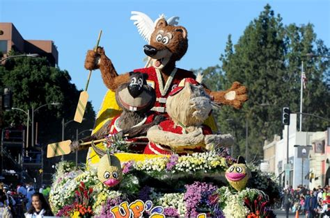 theme rose parade security concerns temperatures don t take fun out of