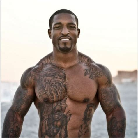 tattoos for muscular men black inked