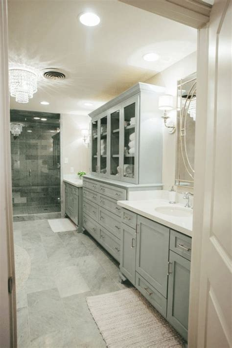 narrow master bathroom ideas 1000 ideas about long narrow bathroom on pinterest