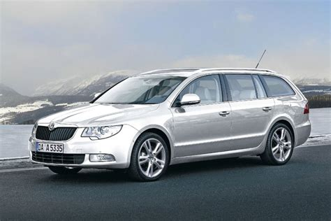 skoda superb combi technical details history photos on