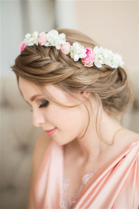 Wedding Hairstyles Using Flowers by 25 Wedding Hairstyles Using Flowers Deer