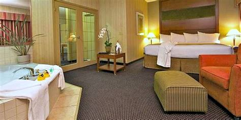 Hotels With Tubs In Room Indianapolis by Indiana Suites Excellent Vacations