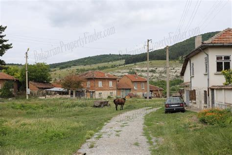 buy a house in bulgaria buying a house in bulgaria 28 images bulgarian house for sale in nikolaevo near