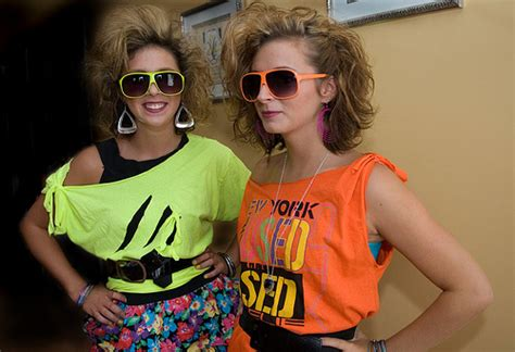 19 Looks From 80 S Are Back Fashion Trend by 80 S Costumes 80s Costume Search
