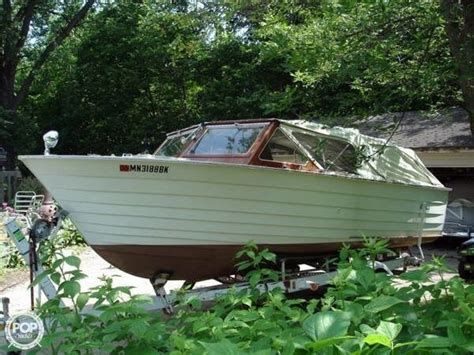 boat dealers buffalo mn 1966 used carver 20 1 2 cer antique and classic boat