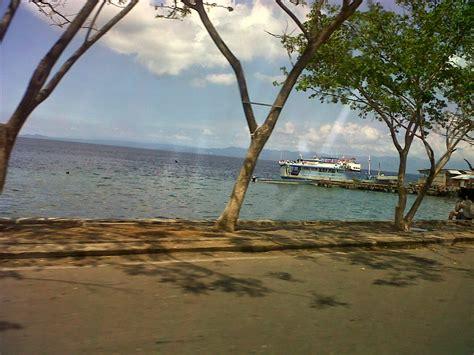 aktivitas kapal  pantai falajawa laut halmahera