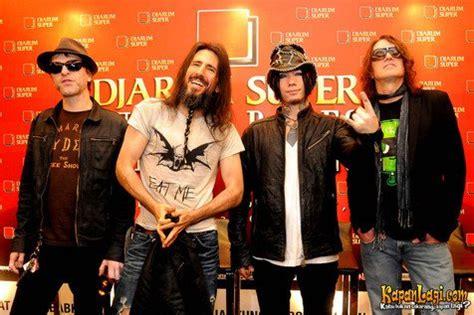 download video konser guns n roses mp3 guns n roses akhirnya gelar konser dan pukau fans