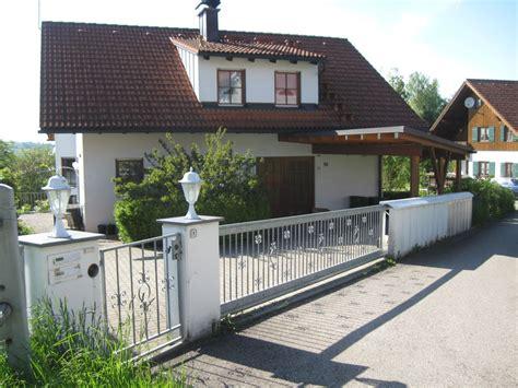 Haus Mit Carport by Ferienwohnung S 246 Ffing Ruhige Lage Bodenseeraum