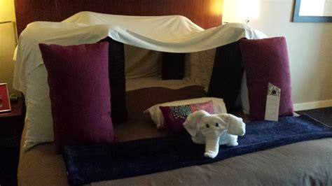 Pillow Fort by A Guest Makes A Joking Hotel Request To Build A Pillow Fort Upon Check In Look What Happened