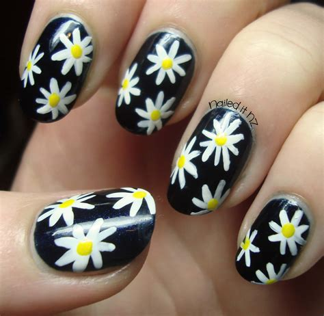 daisy pattern nails daisy nails tutorial