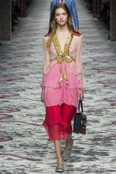 Frock Horror Of The Week Catwalk 8 by Gucci Ss2016 Look20 Emmy Rappe Sumally サマリー