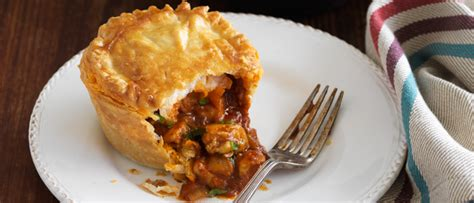 butter chicken pies food   minute