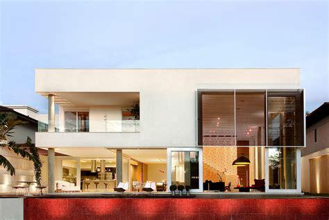 Einfamilienhaus Glasfassade by Casa Capital Ney Lima Archdaily Brasil