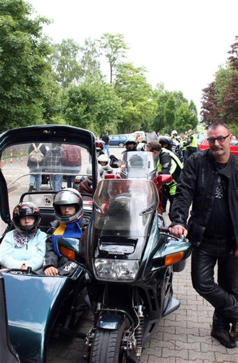 Motorrad Gespannfahrer by Motorrad Gespannfahrer Treffen In Neuerkerode Neuerkerode De
