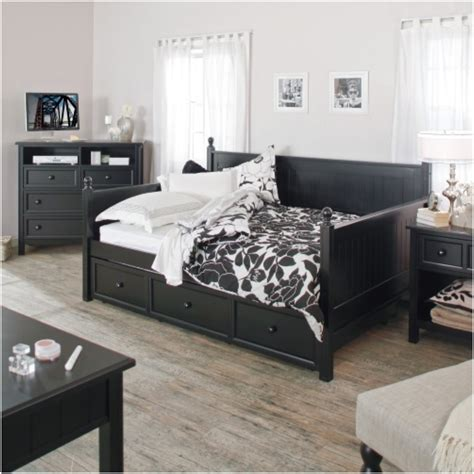 full size day bed verysmartshoppers full size black wood daybed with pull