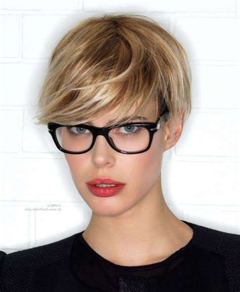 pixie cut curly hair glasses 2018 best of pixie hairstyles with glasses